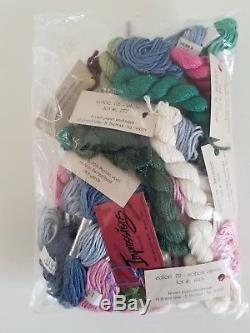 ROSES KIT by LEE Hand painted Needlepoint Canvas 13 count with 16+ Skeins Silks