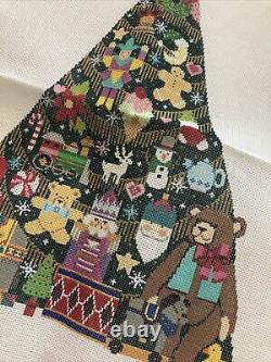 SHELLY TRIBBEY Handpainted NEEDLEPOINT Canvas 18 Ct CHRISTMAS TREE CT01 #2